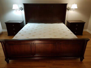 Mobilier de chambre King/ King full bed set