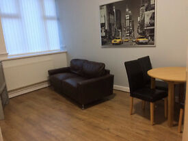 Room to let rent WIGAN town centre. Clean secure house