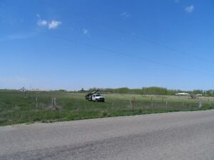 Excellent Location 10 minutes from Regina: Many Potential Uses