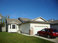 Open House 37 Pinnacle Avenue Saturday 2-4pm
