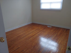 PRIVATE ROOM FOR RENT  ONLY GIRLS ( no sharing)