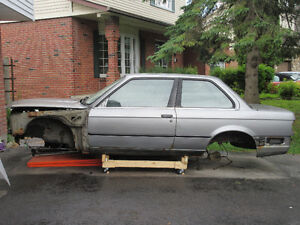 BMW E30 PARTS CAR