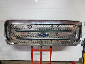 1999-2004 Ford Super Duty Grille with Stainless Inserts