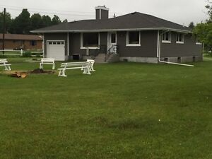 Move-in ready house for sale in Thunderbay!