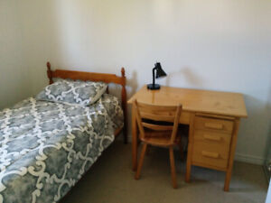 1 Bedr/Single Bed/in Shared House/All included/Monthly contract