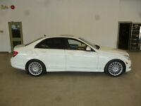 2008 Mercedes C230 WHITE ON BLACK! RARE 6SPD! RWD! ONLY $12,900!