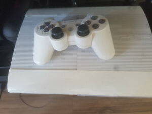 WHITE PS3 FOR SALE! GREAT PRICE!