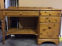 Desk Ducal Pine