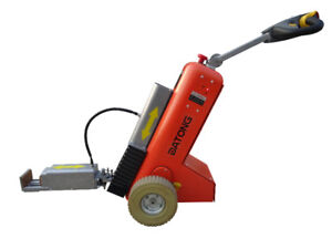 Electric tuggers with 1000kg capacity | towing vehicle