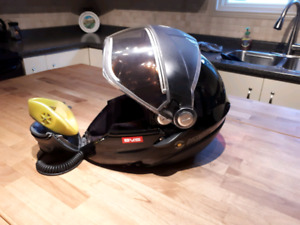 BRP BV2S Advanced Tech snowmobile helmet