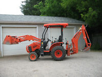 FOR SALE KUBOTA B26 TRACTOR LOADER BACKHOE