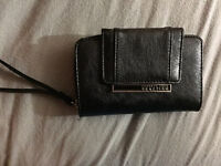 Kenneth cole reaction wallet purse