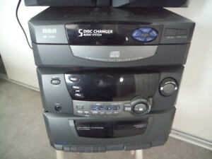 RCA RS1286B 5 Disc Changer Audio System & Speakers & Remote