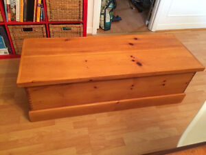 Solid wood chest/ Coffee table London Ontario image 1