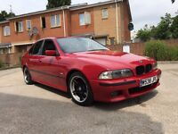 BMW 528i sport auto mint condition in Imola red