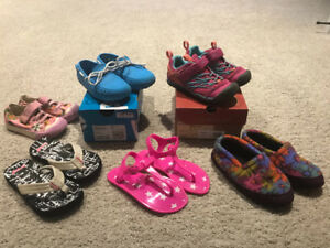Girls shoes size 9-12