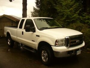 2005 Ford F-350 Lariat Extra Cab 6 Litre Pickup Truck