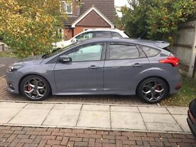 Ford Focus ST-3 2015 14kmiles Fully Loaded