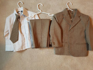 2T suit, shirt, and tie