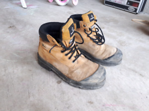 Men's  work boots size 10.5