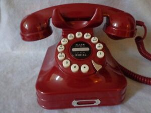 GODINGER RED RETRO SINGLE LINE CORDED PHONE