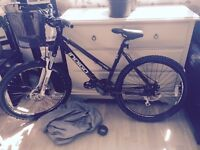 Women's black indigo kudos 3000 mountain bike
