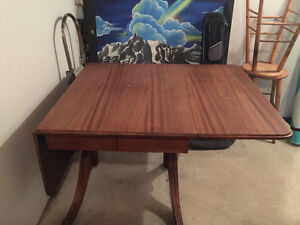 Duncan Phyfe Drop Leaf Table Peterborough Peterborough Area image 1