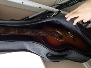 Seeling Acoustic guitar with case