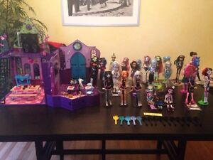 Monster high dolls and school