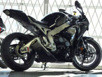 2011 HONDA CBR1000RR BLACK ONLY 2600 KM FINANCE AVAILABLE