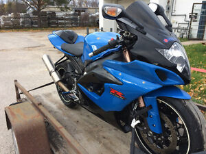 Complete body work for sale 2005 GSXR 1000