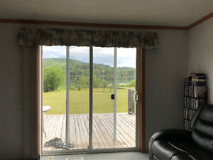 Beautiful lakefront house 25 mins from Williams lake