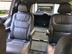 2006 Honda Odyssey EXL - $4400.00