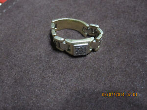 """14K Gold And Diamond """"FLEXIBLE"""" Ring--Rolex-Style"""