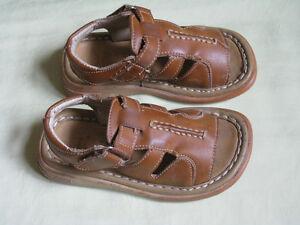 Sandals size 24(7- 8)