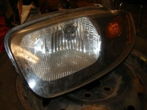 HEADLIGHT DRIVERS SIDE 03-05 CAVALIER Regina Regina Area image 1