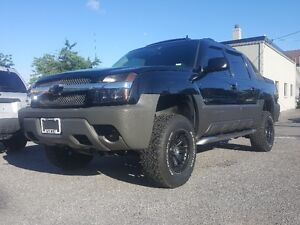 2006 Chevrolet Avalanche Z71 Pickup *** FULLY LOADED 4X4  ***