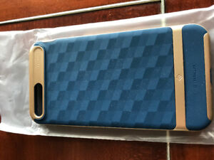 Iphone 8 Plus case, new, Caseology Parallax