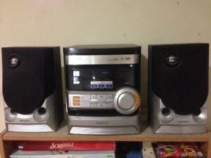 Magnavox MAS80 - Mini Stereo System – Excellent Condition