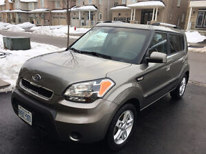 Excellent 2010 Kia Soul 2U Fully Loaded Automatic 89000KM Clean