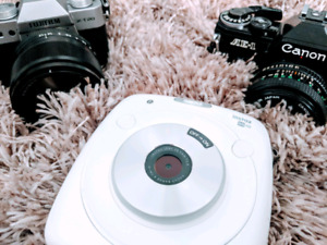 Fujifilm instax sq10 hybrid camera