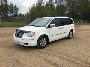 2008 Chrysler Town  Country Liimited