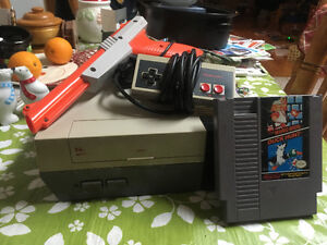 Complete NES Console and Game For Sale!