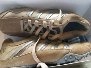 Skechers  Ladies size 8