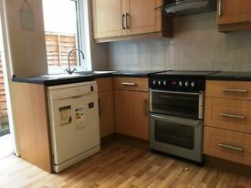 A spacious four bedroom house on Isis Street, Earlsfield, SW18 3QN, £2400pcm, Furnished, RENT NOW