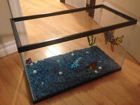 Fish Tank - Approx 14 gallons