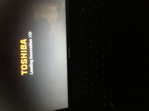 Black laptop Toshiba