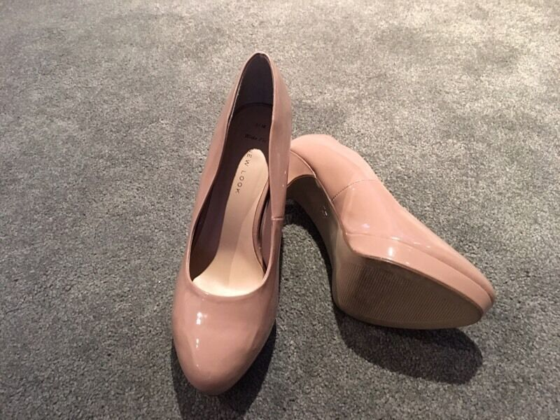 Ladies pink shoes size 5 wide fit