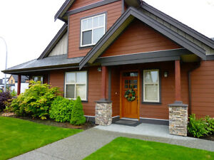 Gorgeous home Away from Home - Avail May 6