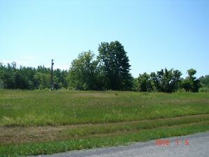 BRING YOUR OFFER. BUILD YOUR NEXT HOME HERE. Cornwall Ontario image 6